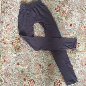 Nikibiki cropped leggings. One size.